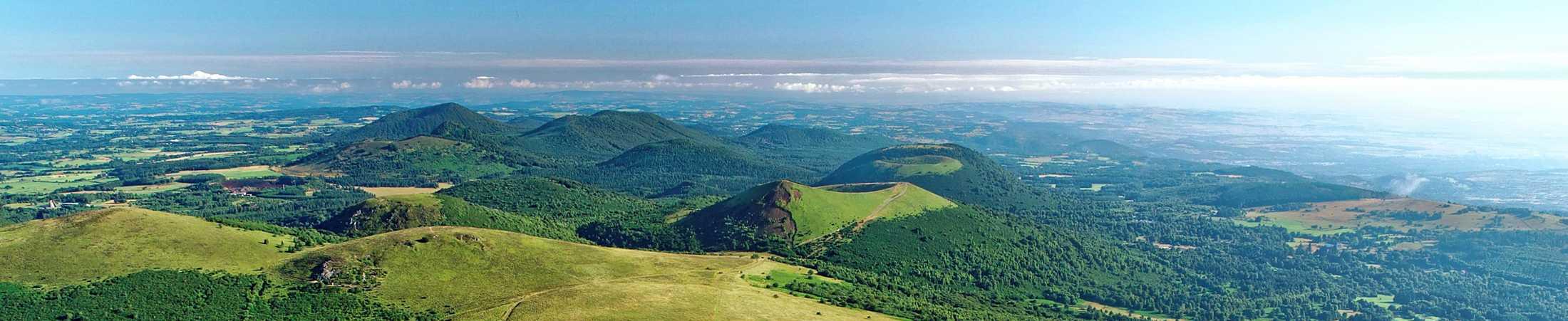 Puy de Dôme vue depuis la montagne