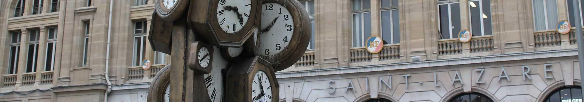 Devanture de la gare Saint-Lazare