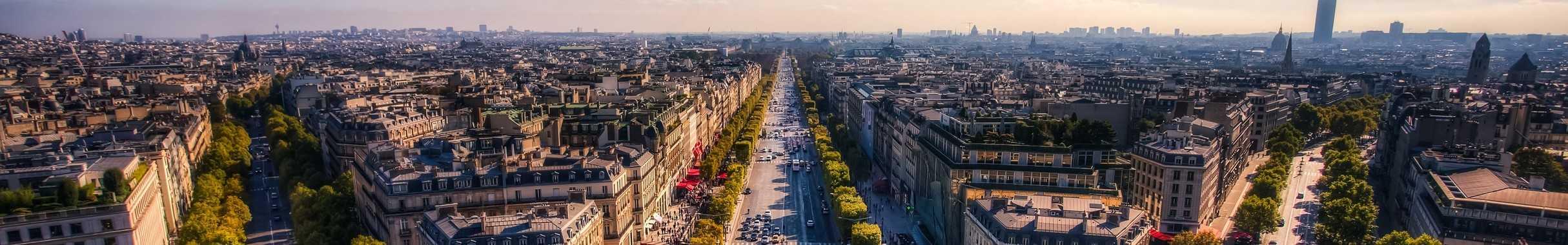 Vue panoramique des Champs-Elysées