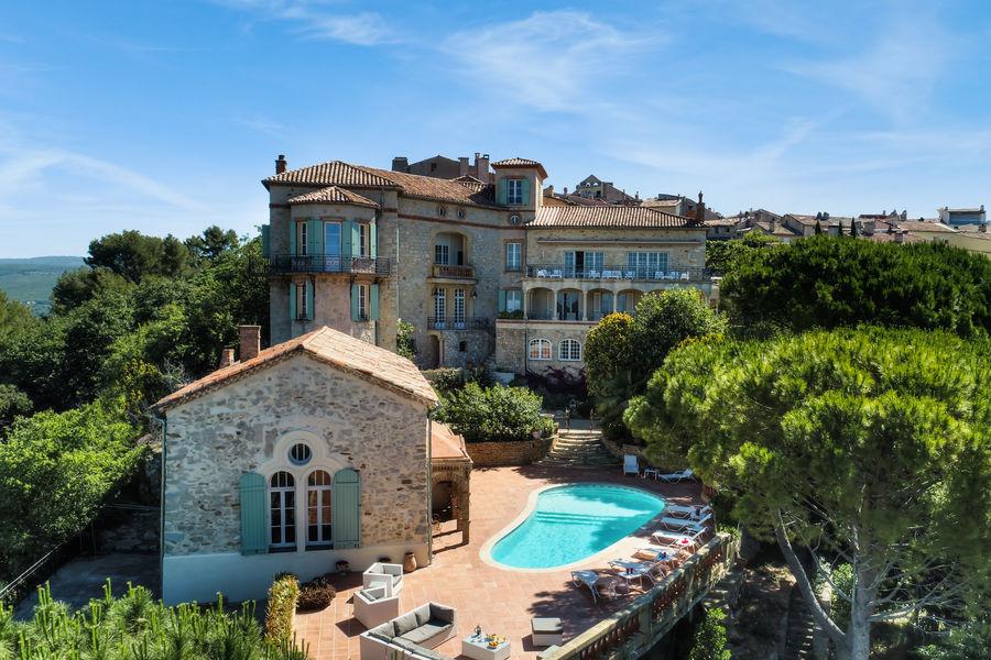 Un chateau pour location à Toulon