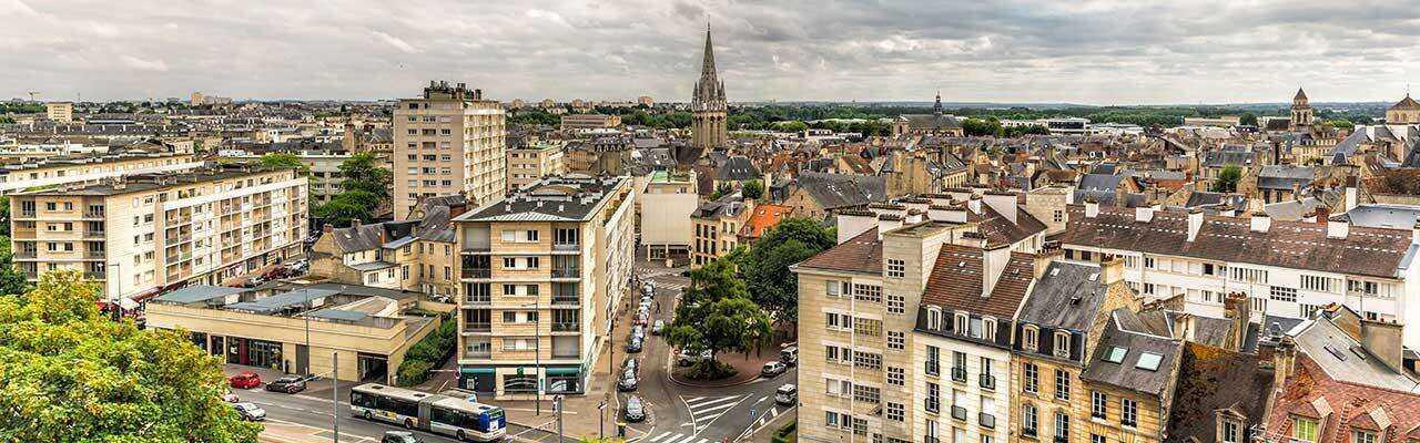 Vue de Caen pendant Hotel Séminaire