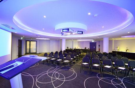 salle de conférence de l'holiday inn de Dijon
