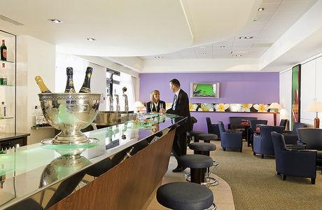 Bar de l'hôtel Novotel Grenoble Centre