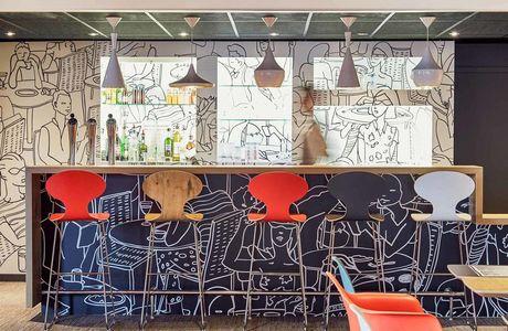 Restaurant de l'hôtel Ibis Toulon La Valette