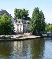 Nantes miniature