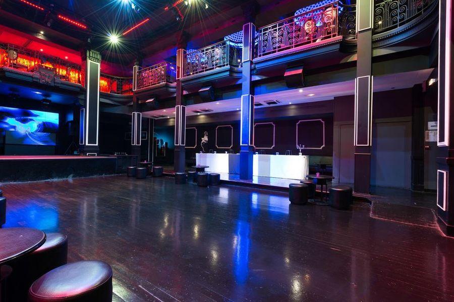 Club Haussmann - Salle Principale 6
