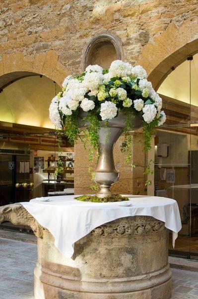 Château de Bagnols - Décoration florale