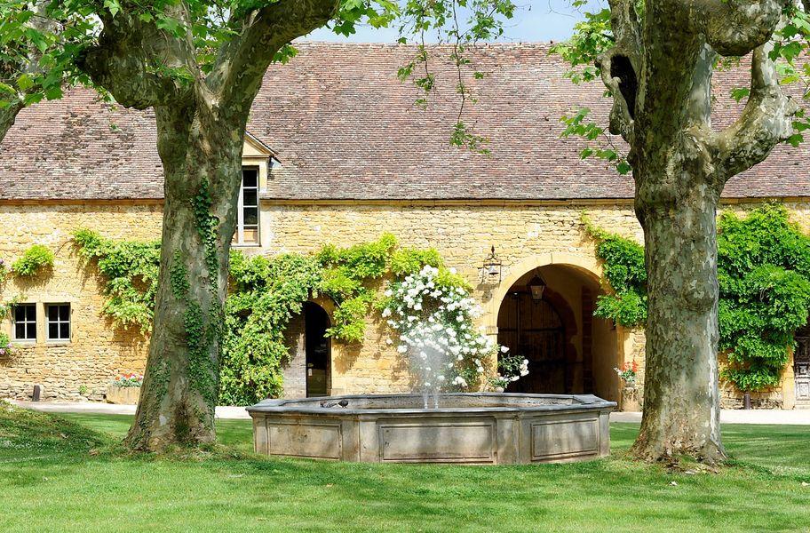Château de Bagnols - Fontaine 2