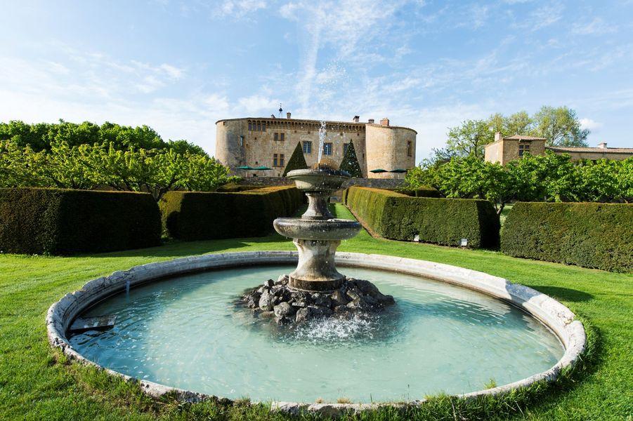 Château de Bagnols - Fontaine