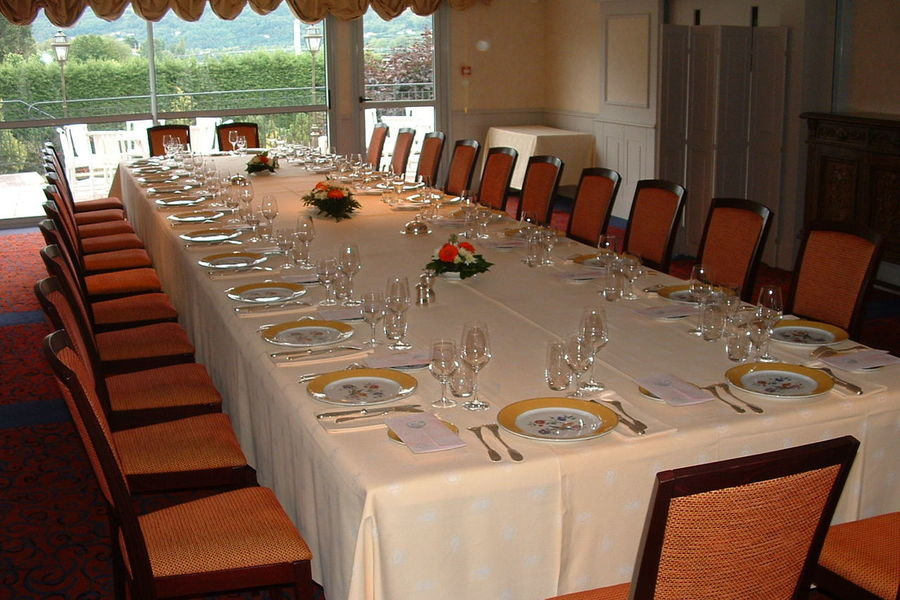 Hôtel Beau Rivage - Table d'honneur