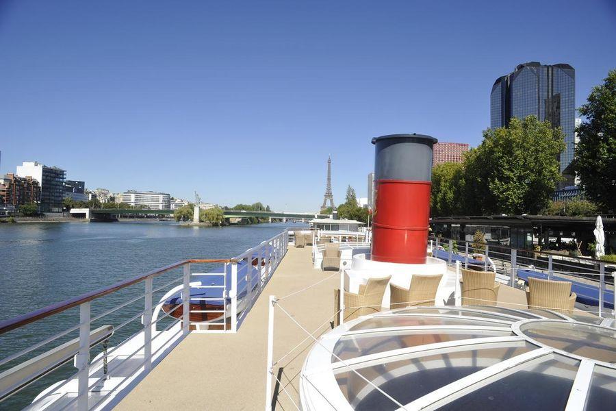 Yacht de Paris Le Paquebot - Pont supérieur 1