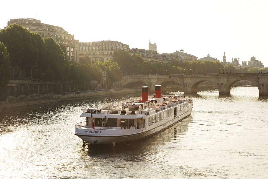 Yatchs de Paris - Le Paquebot 6