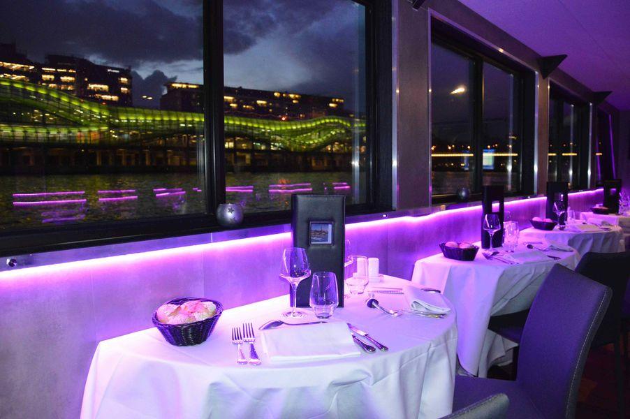 VIP Paris Yatch Hôtel - Restaurant 3