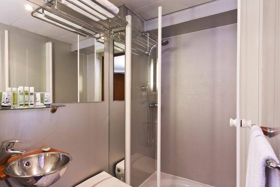 VIP Paris Yatch Hôtel - Salle de bain