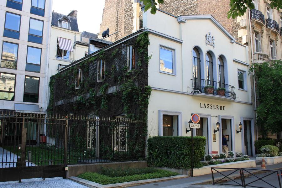 Restaurant Lasserre - Façade 3
