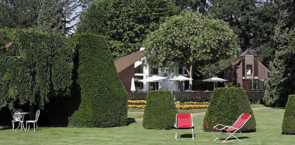 Hotellerie du Bas Bréau - Jardin