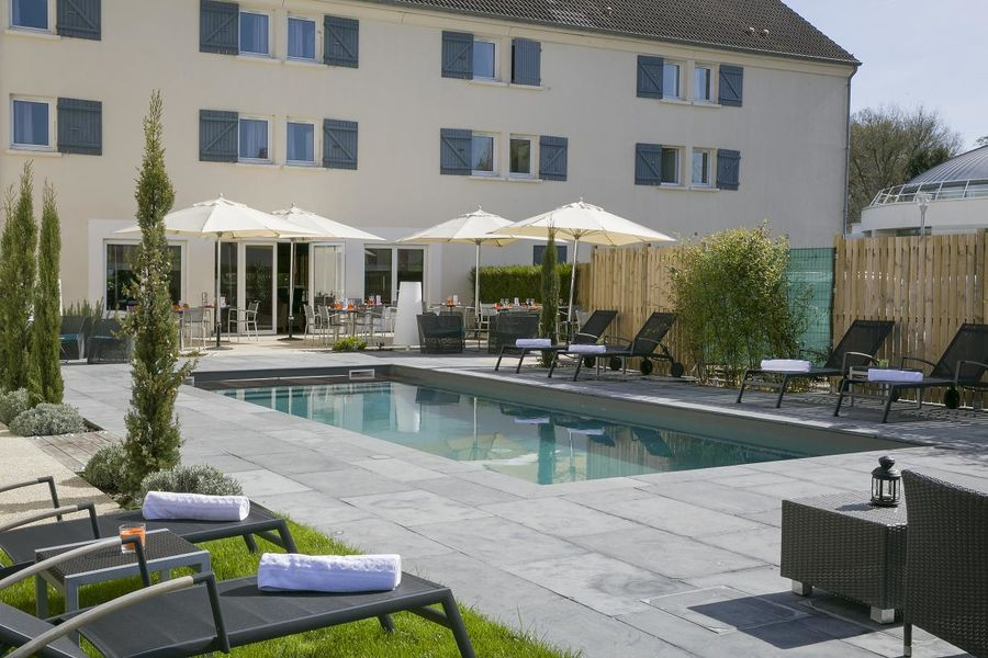 Best Western The Wish Versailles - Piscine 2