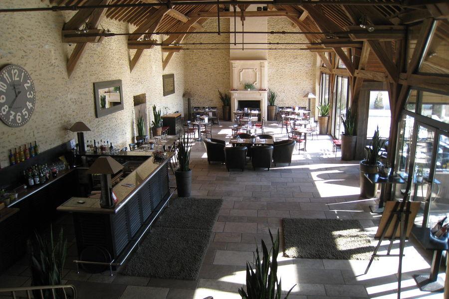 Grange de Bory - Salle Principale 8