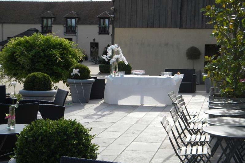 Grange de Bory - Cocktail sur la terrasse