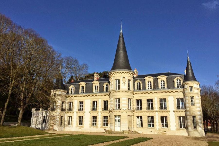 Château d'Hardricourt - Le Château 5