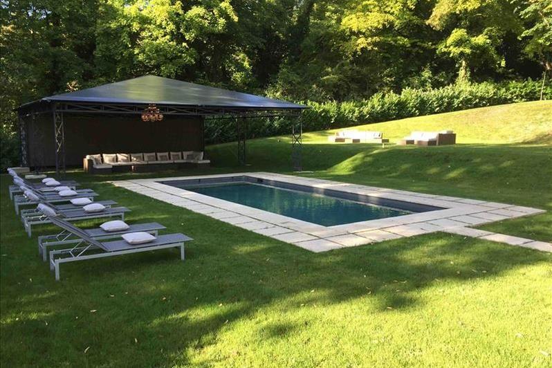 Château d'Hardricourt - La piscine 2