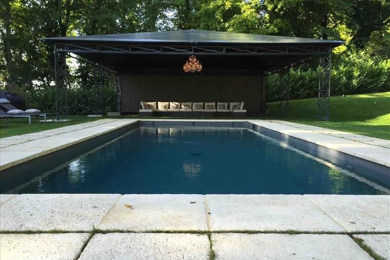 Château d'Hardricourt - La piscine