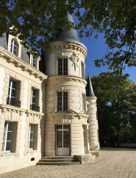 Château d'Hardricourt - Le Château 3