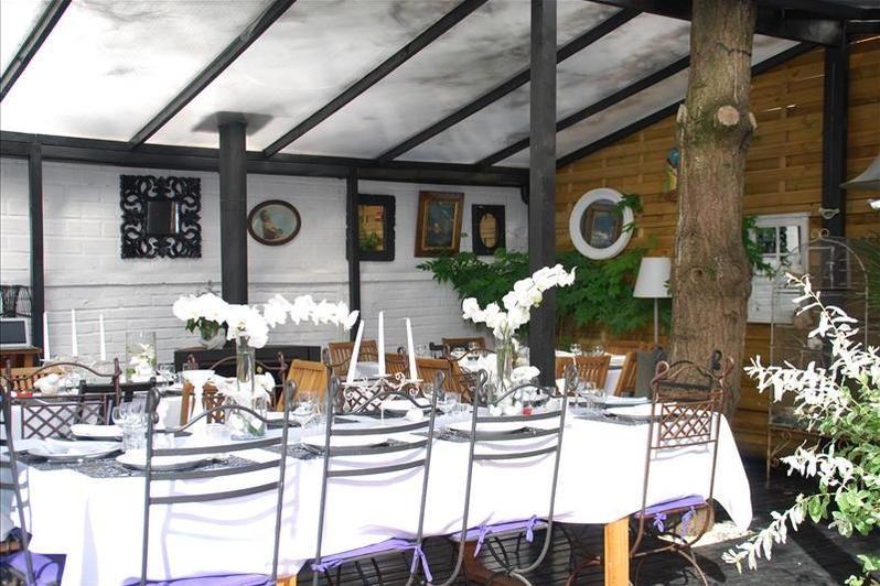 Clos des Colombes - Table extérieure