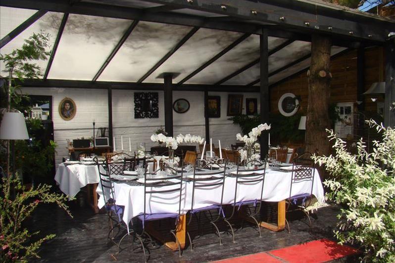Clos des Colombes - Table extérieure 2