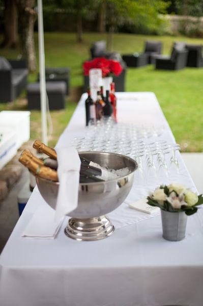 Espace Grange - Buffet cocktail dans le jardin
