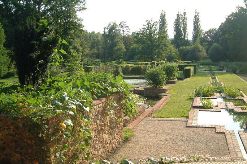 Château de Mauvières - Jardin à la française 3
