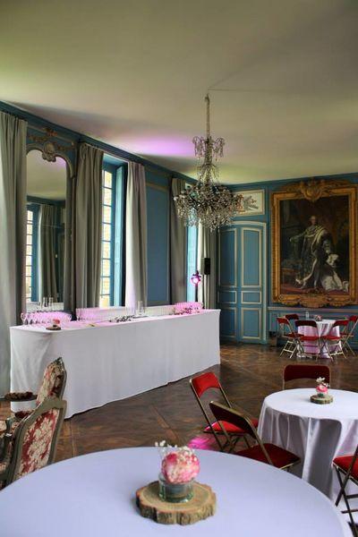 Château de Neuville - Le Salon Bleu