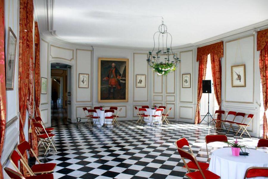 Château de Neuville - Le Grand Salon 6