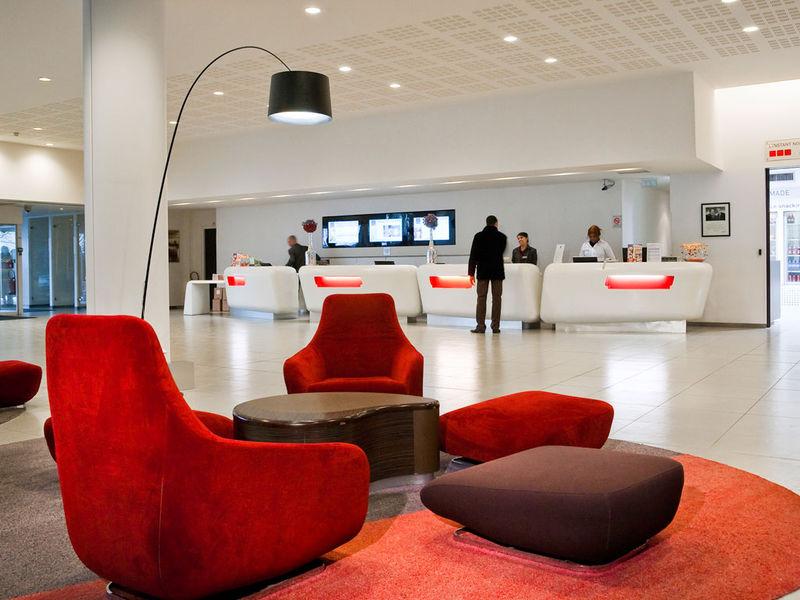Novotel Paris Est - Hall d'entrée