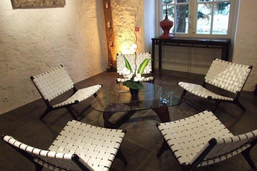 Domaine de Quincampoix - Salon Blanc