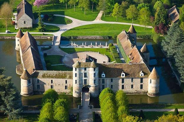 Chateau de villiers le mahieu vue aerienne