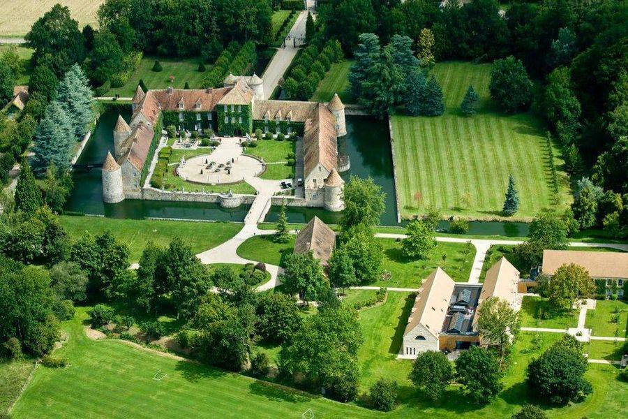 Château de Villiers le Mahieu - Vue aérienne 2