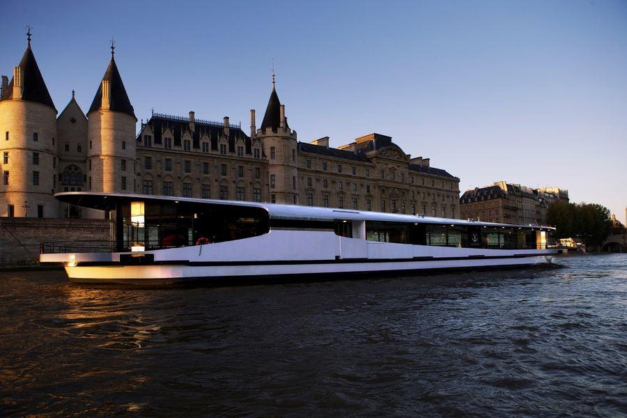 Yachts de Paris Mirage - Le Yacht 2
