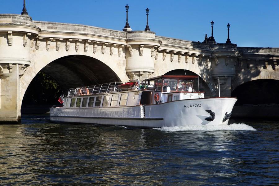 Yachts de Paris Acajou - Le Yacht 3