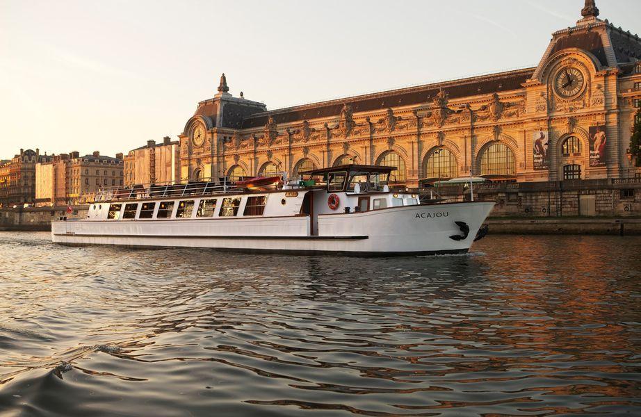 Yachts de Paris Acajou - Le Yacht 4