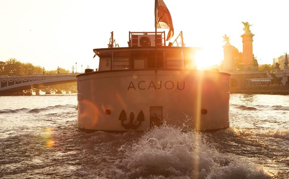 Yachts de Paris Acajou - Le Yacht 6