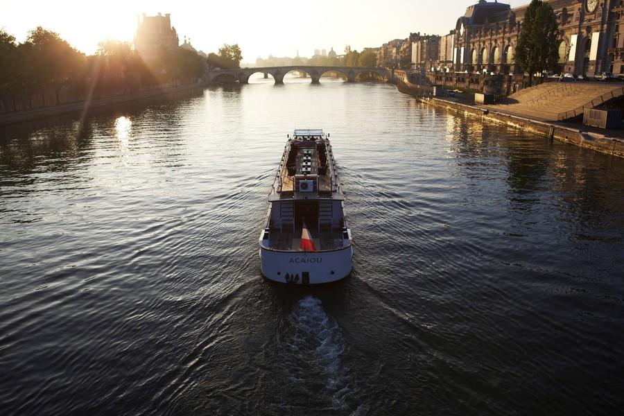 Yachts de Paris Acajou - Le Yacht 7