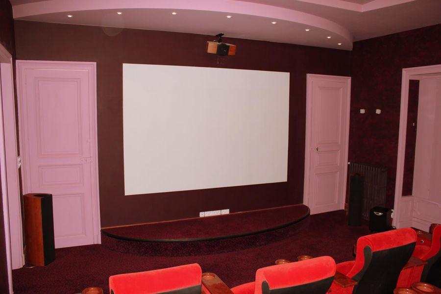 Château de Bézyl - La salle de projection