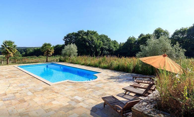Château de Bézyl - La piscine
