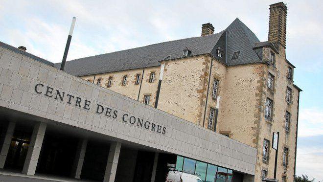 Centre des Congrès - Vue de l'entrée 2