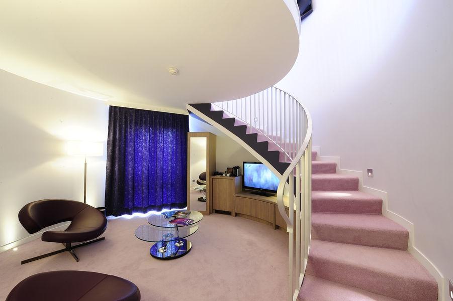 La Charpiniere - Tour Suite 2