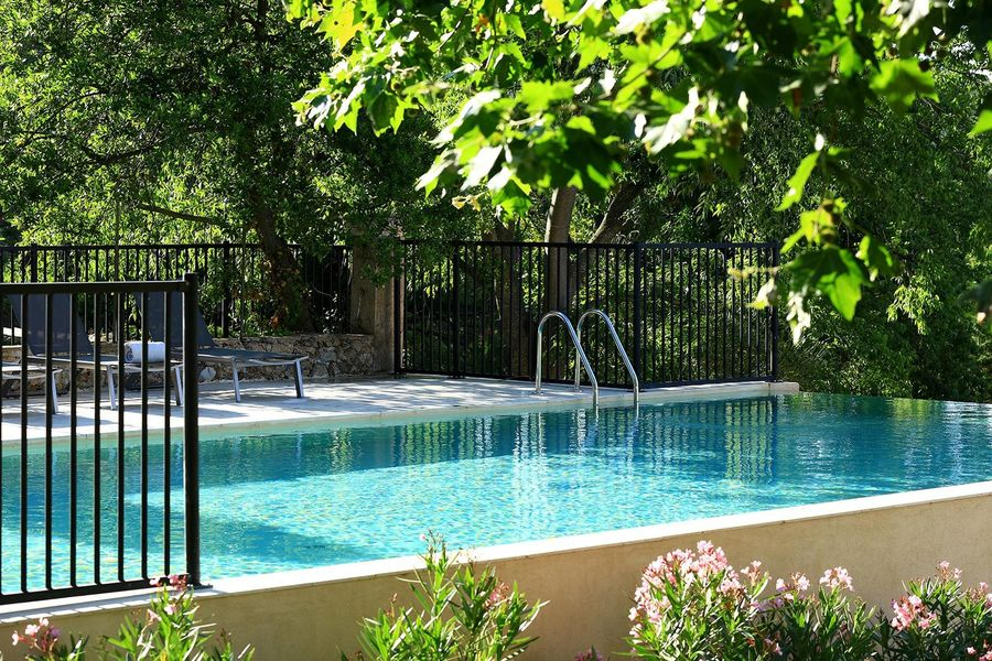 Les Lodges Saint Victoire hotel spa - Bien être et Jardin (2)