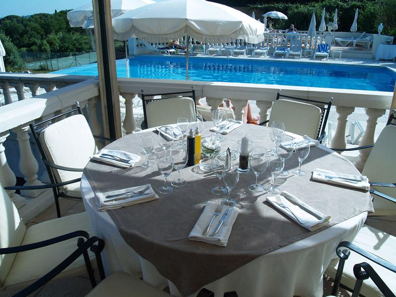 Hotel Mas bellevue - Restaurant (4)