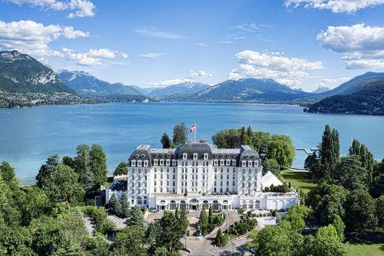 Impérial Palace et vue sur le Lac d'Annecy
