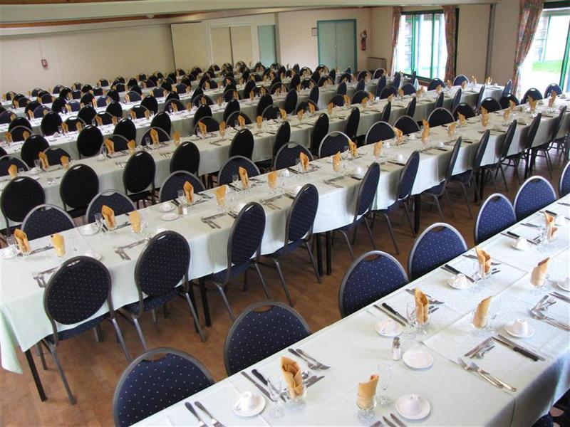 Breizh Hôtel - La salle de réception 5